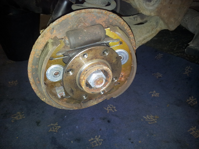 Inner workings of a drum brake