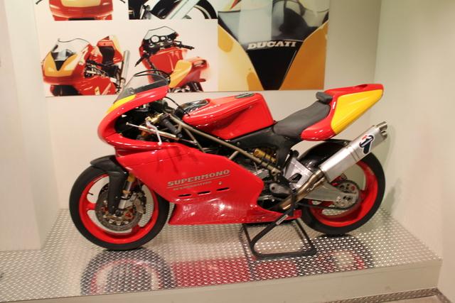 Supermono Ducati