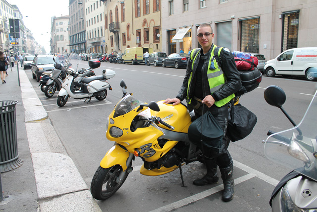 Parking the bike in Milan