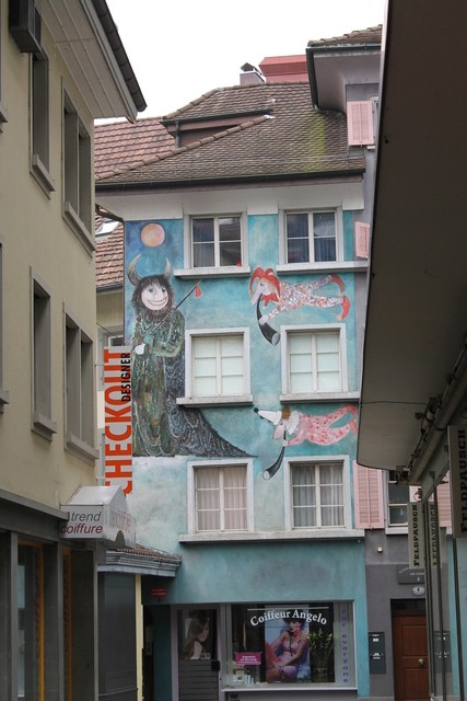More painted buildings in Lucerne